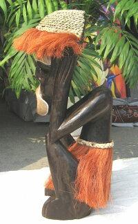 木彫りエスニックドール《赤毛の叫び》