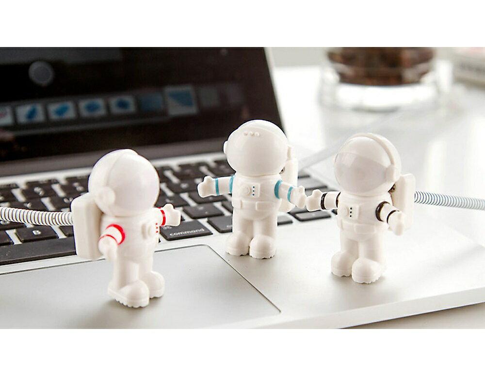 【メール便】LED宇宙飛行士カラーラインアストロライトUSBライトパソコンキーボードライトブラック/ブルー/レッド宇宙かわいいプレゼントインテリア