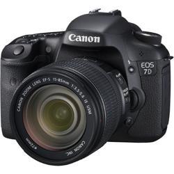 【送料無料】【在庫あり】【16時までのご注文完了で当日出荷可能!】CANON EOS 7D EF-S15-85 IS...
