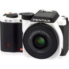 【在庫あり】【15時までのご注文完了で当日出荷可能!】PENTAX K-01 レンズキット(ホワイト/ブ...