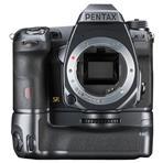 「TIPAベスト エキスパート デジタル一眼レフカメラ」受賞を記念した特別仕様モデル。全世界200...