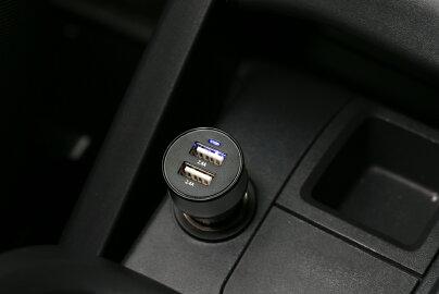 【Y-DC-014】ユピテル(YUPITERU)YERA・MOGGY・ポータブルナビ用USBソケット付き5Vシガー電源コードOP-E445代用品(12V車・24V車使用可能)