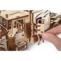 自分で組み立てて、動く3DパズルUgears日本正規販売インテリアにも最適【ヘヴィーボーイトラックVM-03】