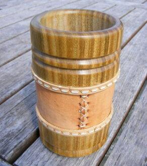 馬黛茶綠茶與黛字體伸縮木頭 Palo Santo (南美洲的馬黛茶飲料)