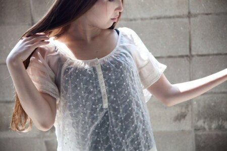 AmericanEagleOutfittersシャツアイボリー【中古】