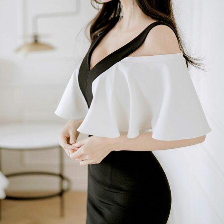 セクシー肩出し半袖ミディアムタイトワンピース_黒×白