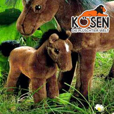 KOESEN ケーセン社 ポニー (小) 茶 3350〜ドイツ・KOESEN/KOSEN(ケーセン社)の動物のぬいぐるみ。愛らしい表情のポニーのぬいぐるみです。出産祝い クリスマス プレゼント 結婚記念日 出産したママへのご褒美にもおすすめ