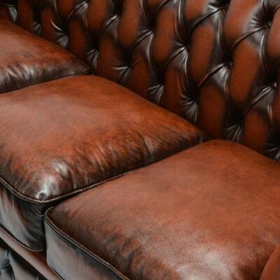 チェスターフィールドソファチェスターフィールドソファ3人掛け3シータートリプル本革牛革レザーアンティークアンティーク調ヴィンテージビンテージクラシックチェスターフィールドイギリス英国UKブラウン茶色ボタンSA232