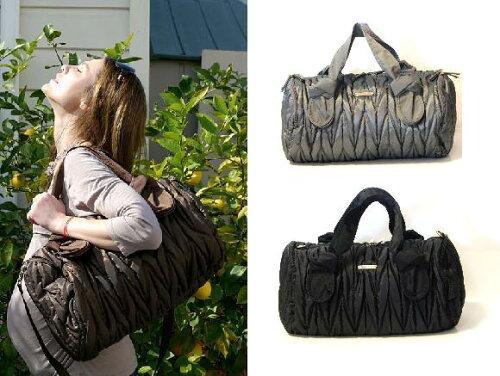 海外セレブご用達 お洒落な マザーズバッグ 専用小物がいっぱいのダイパーバッグです。timi & Le...