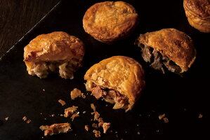 お菓子のほんだ自慢のパイで地域自慢の食材を包んだ『惣菜パイのパイアップセット』