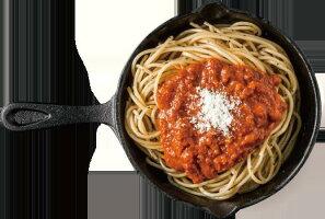 ボロネーゼの調理イメージ(麺は入っていません)