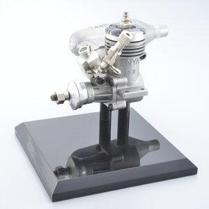【ふるさと納税】ENYAQUICKY09TV(1.62cc小型模型飛行機用グローエンジン)&M154(小型模型飛行機用マフラー)