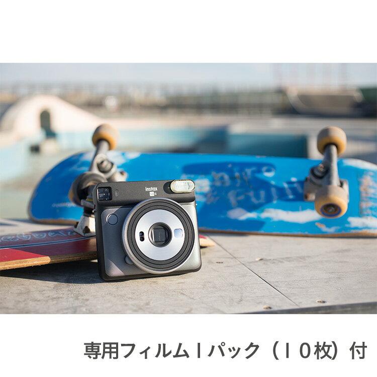 """富士フイルム社製 インスタント カメラ """"チェキスクエア"""" instax SQUARE SQ6 グラファイトグレー/専用フィルム1パック(10枚)付"""