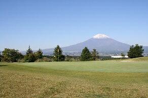 【ふるさと納税】C31 ギャツビイゴルフクラブプレー利用券3枚:静岡県小山町