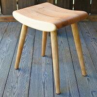 木の椅子工房G.WORKSの「ふんわりスツール」