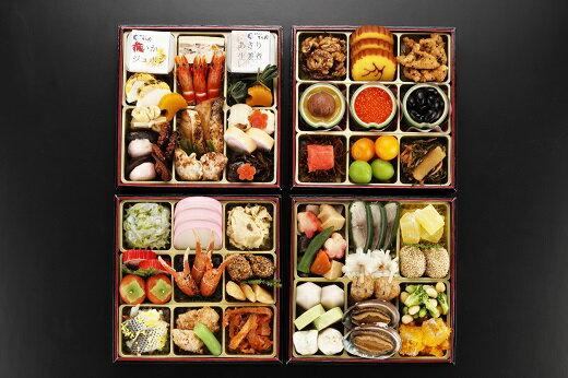 【ふるさと納税】日本料理てら岡・おせち/博多『鶴』与段重+博多水炊きセット.J046