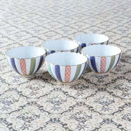 Q011(item0097) 【鮮やかな地紋柄が美しい♪】三色地紋・小鉢揃