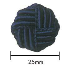 ハンドメイドボタン 25mm針と糸だけで仕上げた高級ボタンです。ひと針、ひと針、丹精込めて作りました。3サイズ共通カラーバリエーションの中からお選びください。