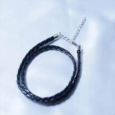 牛革風 三つ編みブラック革紐ネックレス3mm幅(アジャスター調節付き)