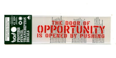 ことわざステンシル文字ステッカーチャンスの扉は押すことによって開く〔アルファベット英語ミリタリーフォント〕