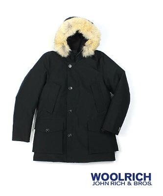 ウールリッチ(Woolrich)ダウンジャケット