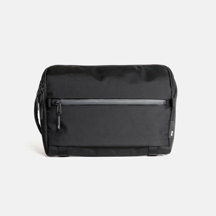 メンズバッグ, ボディバッグ・ウエストポーチ Aer Travel Sling (Black) AER-21005 bag