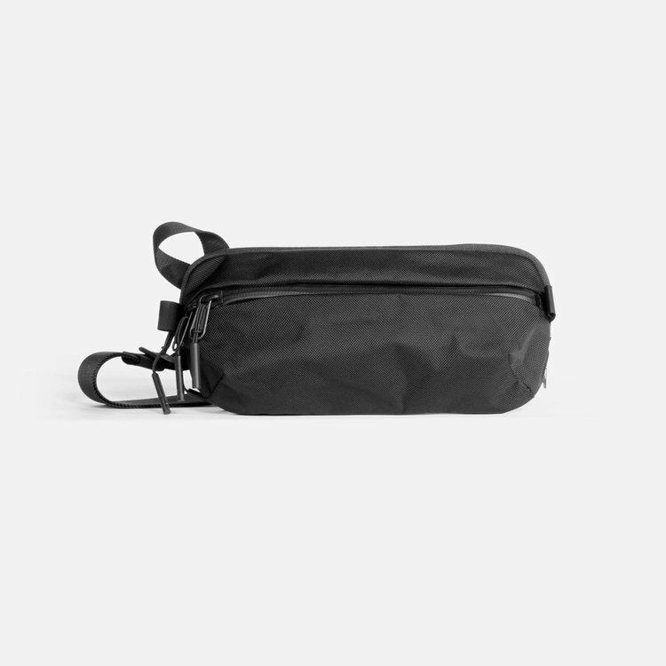 メンズバッグ, ボディバッグ・ウエストポーチ Aer Day Sling 2 (Black) AER-21009 cordura bag