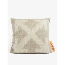 オフホワイト OFF-WHITE C/O VIRGIL ABLOH レディース 雑貨 枕【Arrow logo-intarsia mohair-blend pillow 60cm x 60cm】Taupe Beige