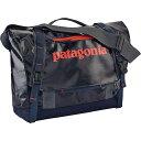 パタゴニア ユニセックス バッグ ショルダーバッグ【Patagonia Black Hole Mini 12L Messenger Bag】Navy Blue / Paintbrush Red