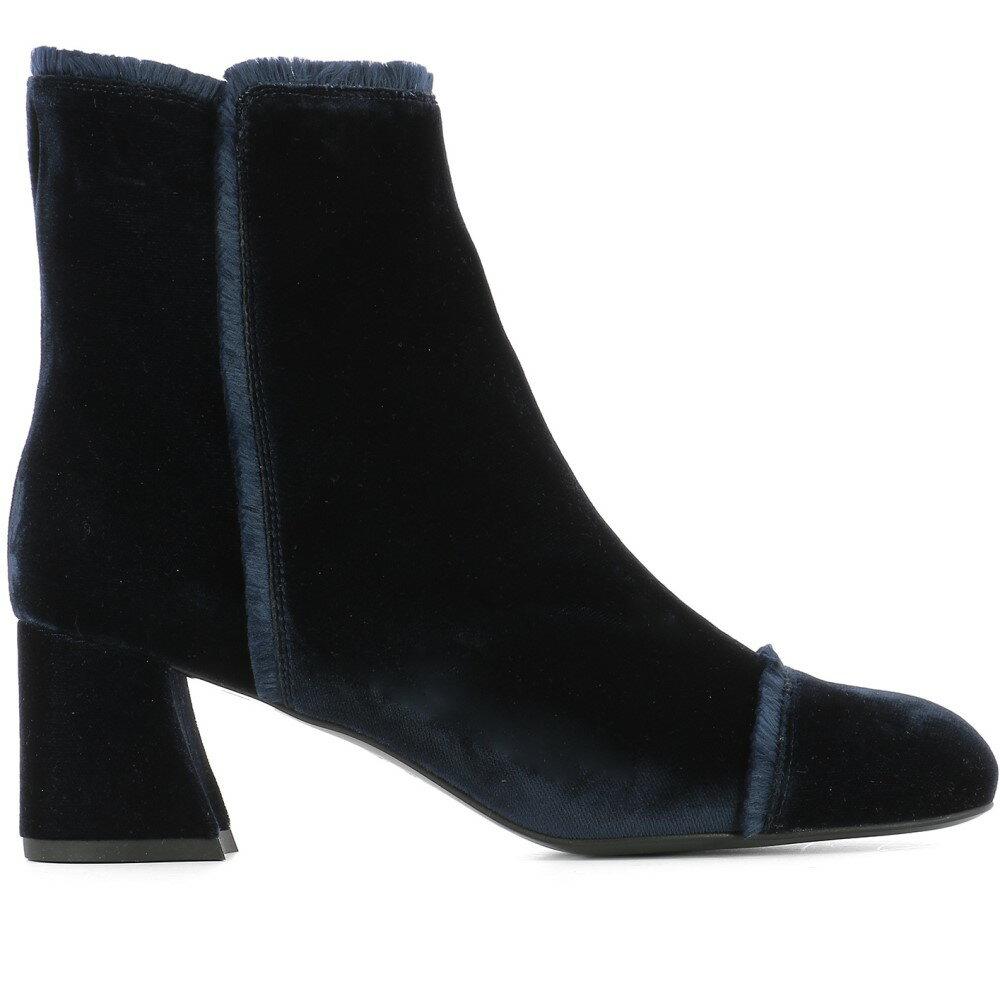 スチュアート ワイツマン Stuart Weitzman レディース シューズ・靴 ブーツ【Blue velvet heeled ankle boots】Blue