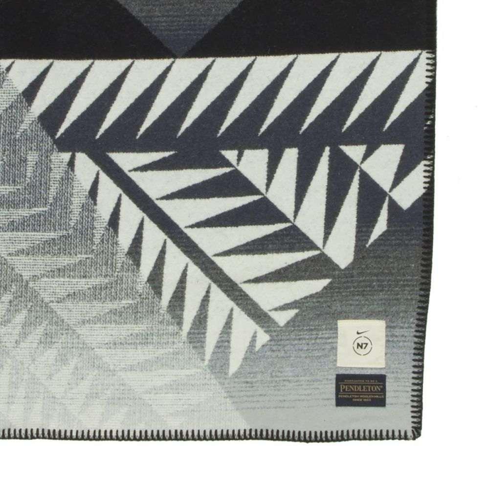 ペンドルトン Pendleton レディース 雑貨【Nike N7 Blanket】Black