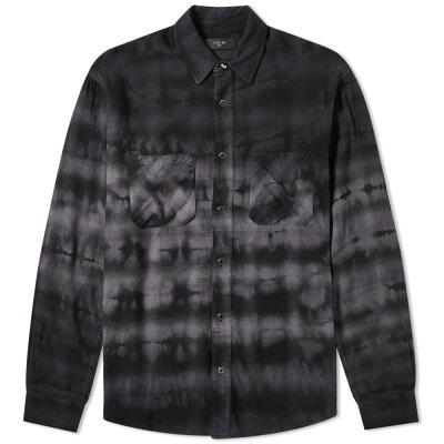 40代メンズにおすすめの黒シャツ