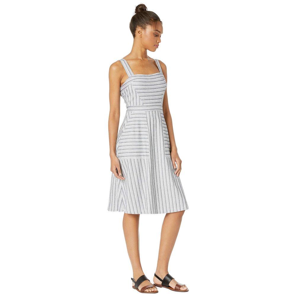 ビーシービージーマックスアズリア BCBGMAXAZRIA レディース ワンピース・ドレス ワンピース【Striped Knit Dress】Black Combo