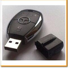 あの高級車のスマートキー型USBメモリ♪持っているだけでオーナー気分に♪高級車タイプのスマー...