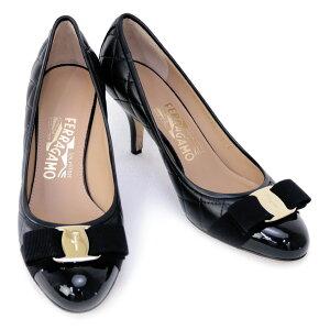 サルヴァトーレ フェラガモ Salvatore Ferragamo 靴 レディース ヴァラリボン付き パンプス ブラック (CARLA 70 0692392 NERO)【あす楽対応】