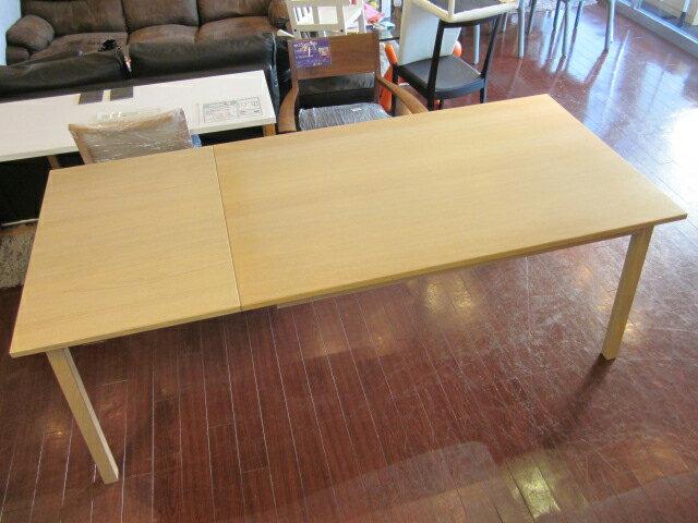 Ikea イケアtoranetorpダイニングテーブルナチュラル Ikea モデルルーム