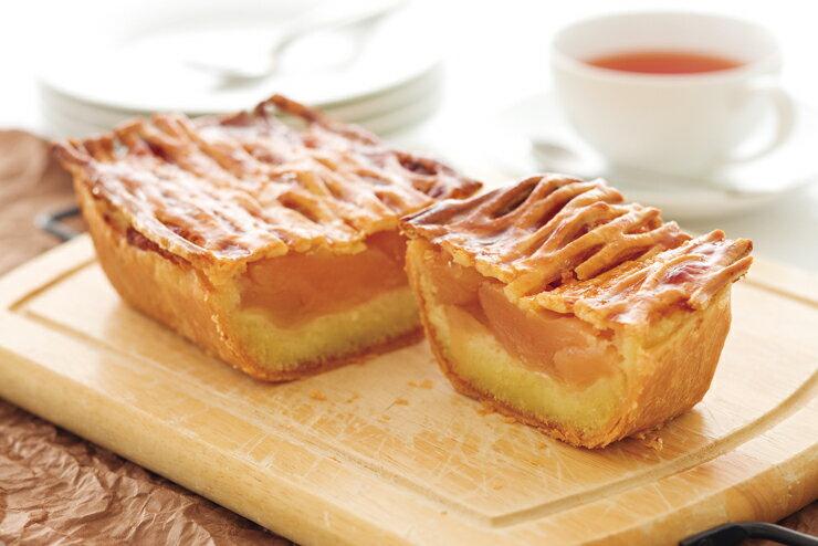 アトリエ・ド・フロマージュの自家製カマンベールのアップルパイ