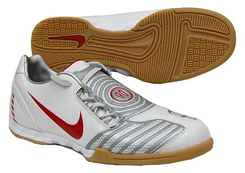 5313799c2c9c nike total 90 indoor soccer shoes