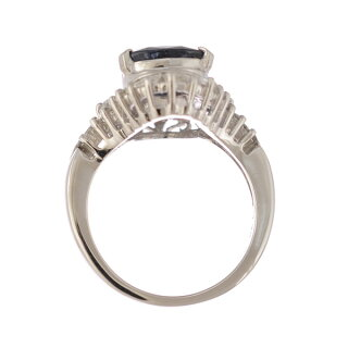 プラチナ900リングダイヤモンドサファイア逆三角12号【美品】【】【送料無料】