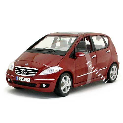 車, ミニカー・トイカー Mercedes-Benz A-Class red 118 Maisto 7637 ,,A,,,