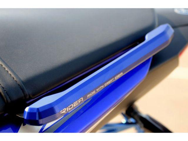 【送料無料】YZF-R25 YZF-R3 RIDEA YZF-R25/YZF-R3 15-用アルミ削り出しグラブバー カラー:ブルー