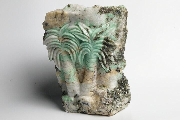 ザンビア産エメラルド彫刻品 ヤシ彫刻:ギャラリーメイスン