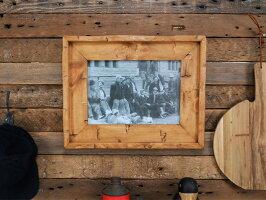 [A4サイズ用][木製額縁写真絵画ポスターメニュー][DIYリノベーション]ハンド・ヒューン・フレームA4※ガラス・ミラー・壁掛けフックは別売りです。…