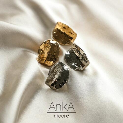 [AnkA moore(アンカムーア)]オウトツカーブプレートイヤリング