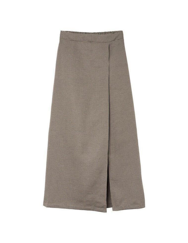 ガクラブチェック柄ナロースカート