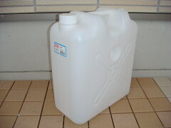 ウォータータンク・ポリタンク・ポリ缶【在庫あり】協越化学 水専用タンク ノズル付水缶 20L