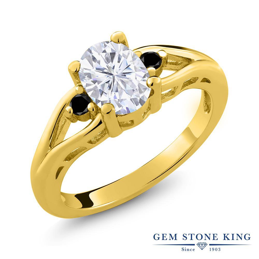 Gem Stone King 1.57カラット Forever Brilliant モアッサナイト Charles & Colvard シルバー 925 イエローゴールドコーティング 天然ブラックダイヤモンド 指輪 リング レディース モアサナイト 大粒 シンプル スリーストーン 金属アレルギー対応 誕生日プレゼント
