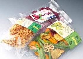 お買い得! チップス3種類(Bセット)野菜アラカルト(85g) 紫芋チップス(90g) れんこんチップス(30g)