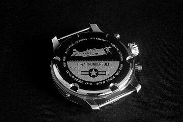 TSIKOLIAP47チコリア腕時計裏面