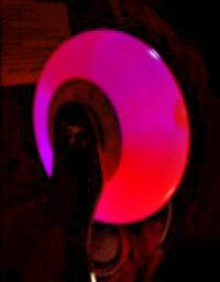 エスボードに対応の光るウィール ハードタイプ エスボード タイヤ。エスボード 社外品 光るウィ...
